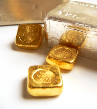 Gold Investing – Buy Physical Bullion or an ETF?