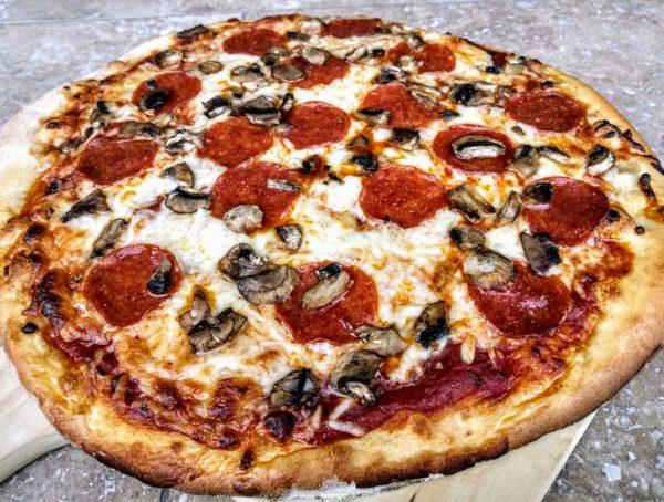 Kamado Joe Pizza