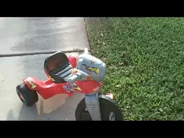 Fisher Price Lights and Sounds Trike (Big Wheel) Review