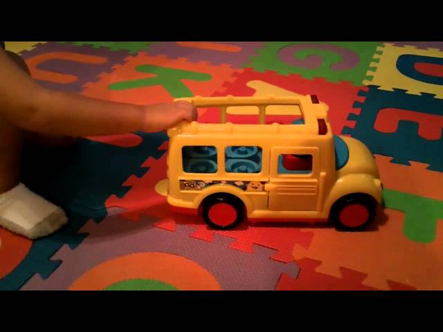 Fisher Price Little People Stop N' Surprise School Bus – PRODUCT REVIEW