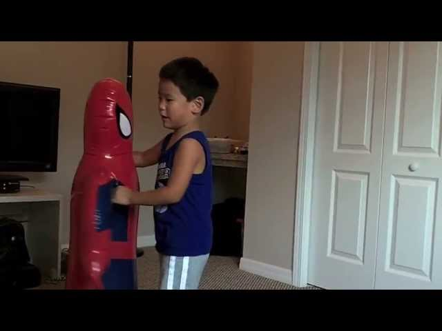 Spidey Attack! Spiderman Punching Bag